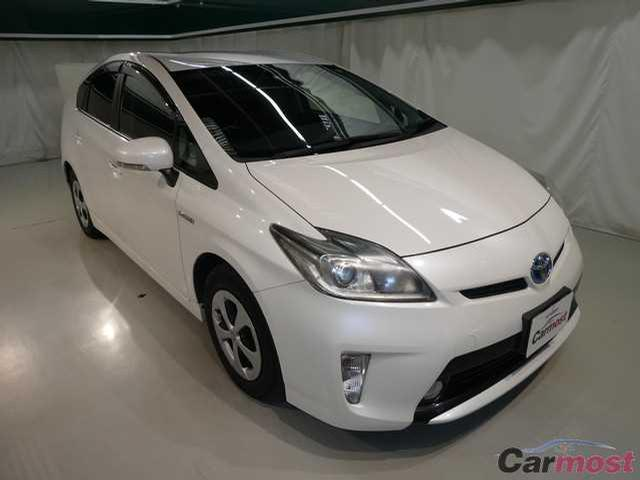 2012 Toyota Prius CN 05337669 (Reserved)